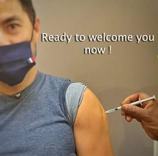 Peut être une image de texte qui dit 'Ready to welcome you now!'